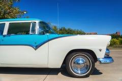 1955年福特Fairlane经典之作汽车 图库摄影