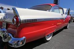 1956年福特Fairlane 库存图片
