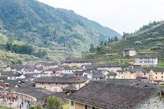 福建,中国- 2016年1月02日:Tianloukeng的Tulou Taxia村庄 免版税库存图片