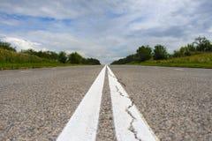 离开的国家沥青高速公路 免版税库存图片