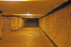 离开的地下行人交叉路 库存图片