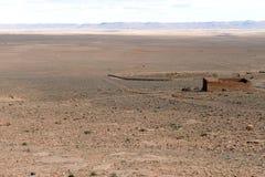 离开阿特拉斯山脉的南部,摩洛哥 免版税库存图片