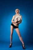 秀丽乳房帽子隐藏秸杆妇女 库存图片