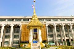 秀丽在曼谷城市居民管理的皇家火葬场复制品 图库摄影