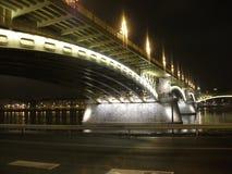 秀丽夜在布达佩斯 库存照片