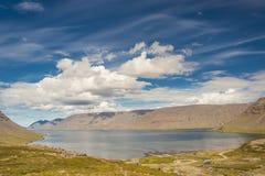 秀丽大Arnarfjordur海湾-冰岛, Westfjords。 库存图片