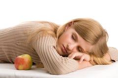 秀丽女孩休眠少年 免版税库存照片