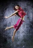 秀丽女孩舞蹈 免版税库存照片