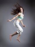 秀丽女孩舞蹈 免版税库存图片
