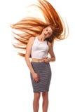 秀丽女孩画象 健康长的红色头发 美丽的年轻Wom 库存照片