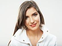 秀丽妇女画象的面孔关闭 年轻女性模型姿势 免版税库存图片