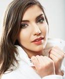 秀丽妇女画象的面孔关闭 年轻女性模型姿势 免版税图库摄影