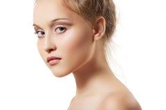 秀丽干净的女孩健康皮肤温泉青少年&# 免版税图库摄影