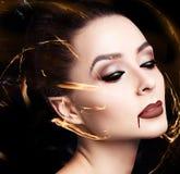 秀丽性感的吸血鬼妇女 库存照片