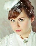 秀丽新娘纵向红头发人 免版税库存图片