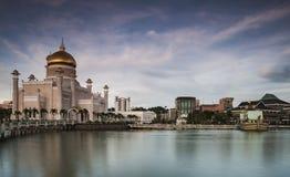秀丽清真寺在斯里巴加湾市,文莱达鲁萨兰 库存图片