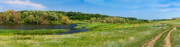 秀丽渔夫湖横向本质安排沈默 图库摄影