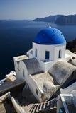 秀丽白色和拉丁文蓝色 免版税库存照片