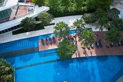 秀丽蓝色池。 免版税库存照片
