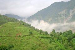 秀丽覆盖被覆盖的喜马拉雅印度季风 免版税库存图片