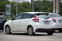 私人汽车丰田亚里斯Eco汽车 免版税图库摄影