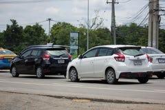 私人汽车丰田亚里斯Eco汽车 图库摄影