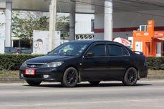 私人汽车,本田契维奇 在没有的路上 1001 免版税库存照片