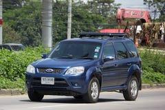 私人汽车,福特逃命,都市用户的Suv汽车 免版税库存图片