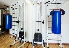 私有健身房在家 库存照片