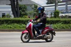 私有本田自动滑行车Scoopy我摩托车 库存图片