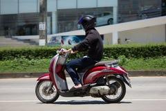 私有本田自动滑行车Scoopy我摩托车 库存照片