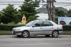 私有老汽车,标致汽车306 库存照片