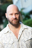 秃头英俊的人 免版税图库摄影