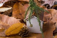 秋叶的一点模型房子地方 库存照片