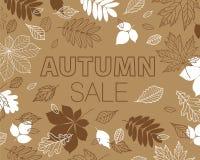 秋叶红色销售额字 叶子的秋天 与手拉的秋叶的增进海报 免版税库存照片