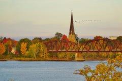 秋天上色弗雷德里克顿,加拿大 免版税图库摄影