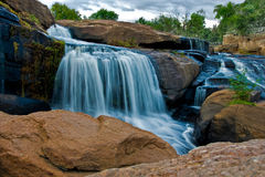 秋天公园瀑布 库存图片