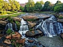 秋天公园细长的河 库存图片