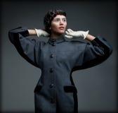 秋天典雅的成套装备的贵族被称呼的妇女。古板的收藏 库存图片