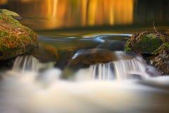秋天及早做山山照片极性流 库存照片