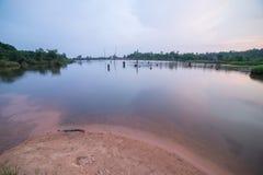 秋天反射在水中 免版税图库摄影