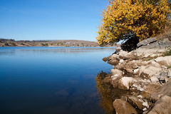 秋天在湖 图库摄影
