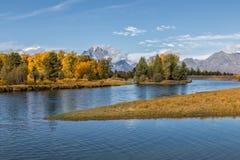秋天在Tetons和斯内克河 库存图片