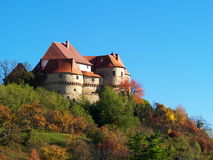 秋天城堡小山 库存照片