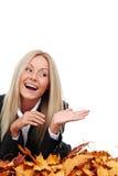 秋天女商人在工作室 免版税库存图片
