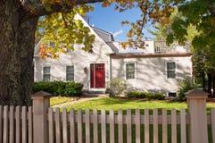 秋天新英国的房子 免版税库存图片