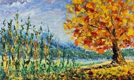 秋天树在森林里,下落的叶子,高草,云彩,金黄秋天,绘 免版税库存照片
