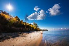 秋天横向 Ob水库,新西伯利亚地区, Berdsk, Sibe 免版税库存照片
