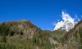 秋天白云岩的颜色 免版税库存照片