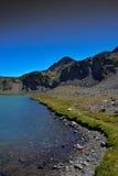 秋天的Sierra Nevada高山湖 免版税图库摄影